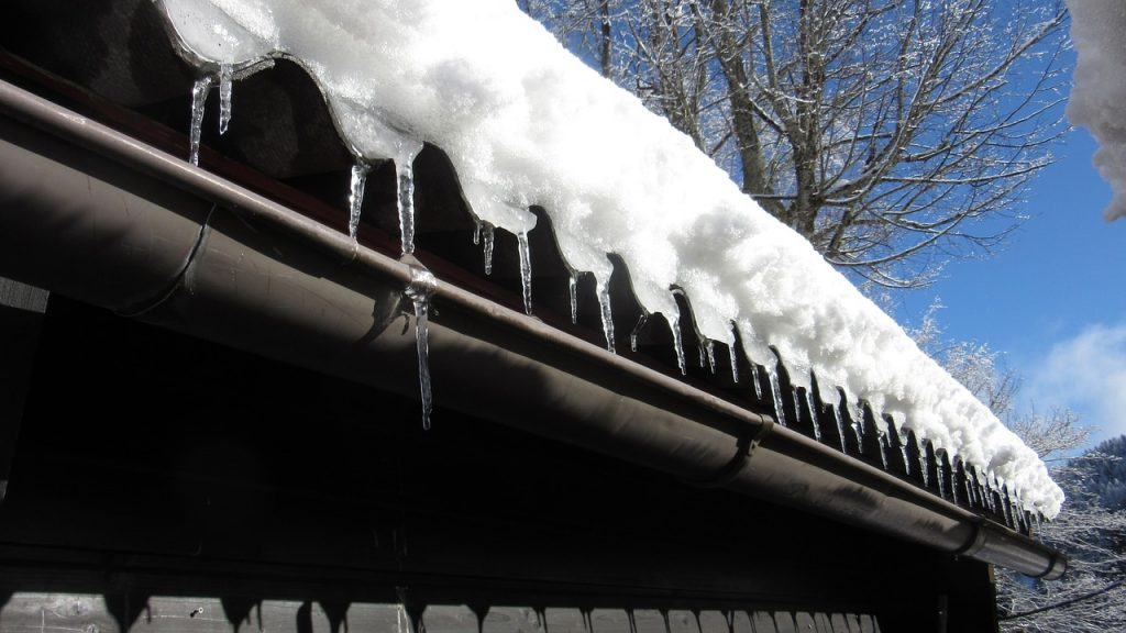 Reliable gutter cleaning company in Wixom, Michigan